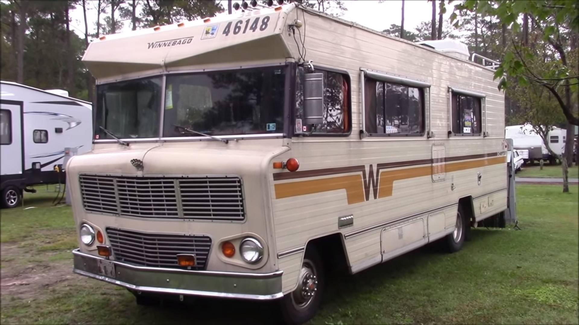 Дом на колесах построен на «тележке» Dodge образца 1970-го года