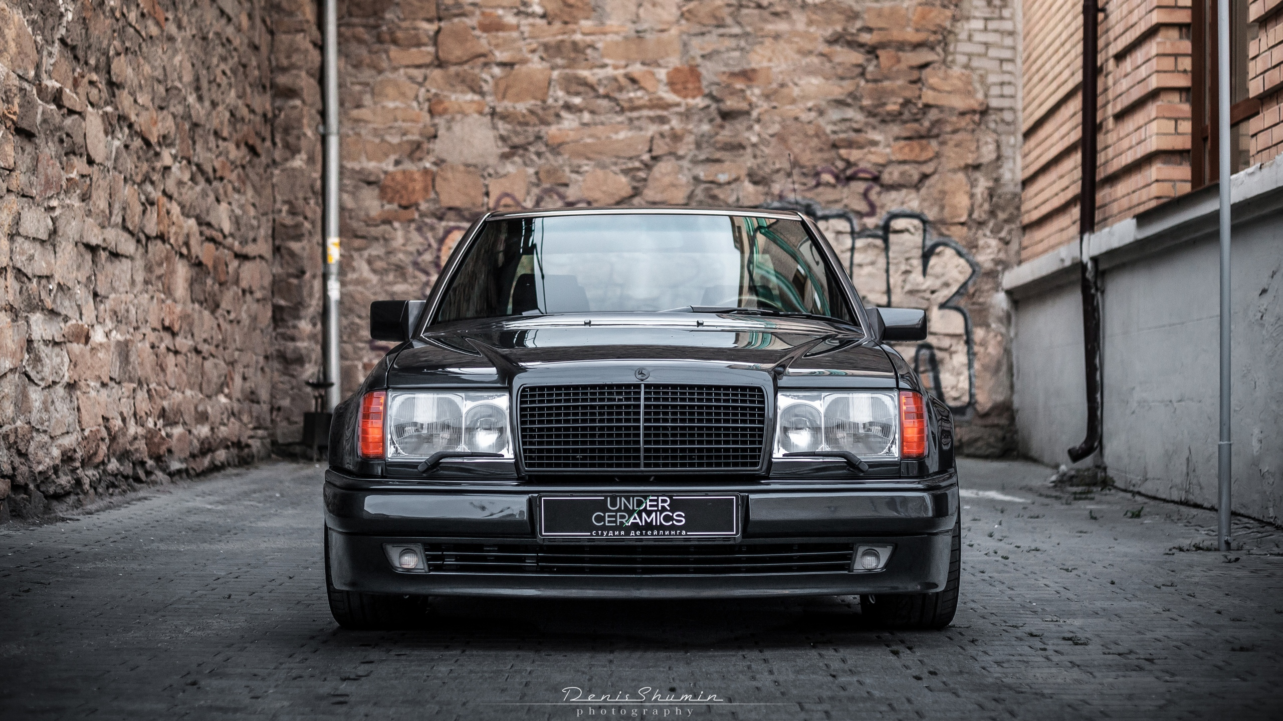 Built with the Mercedes-Benz 500E as a starting point, the Brabus W124 6.0 counts among the most popular Brabus cars ever made. It came out in 1994, but is still highly sought after by car collectors
