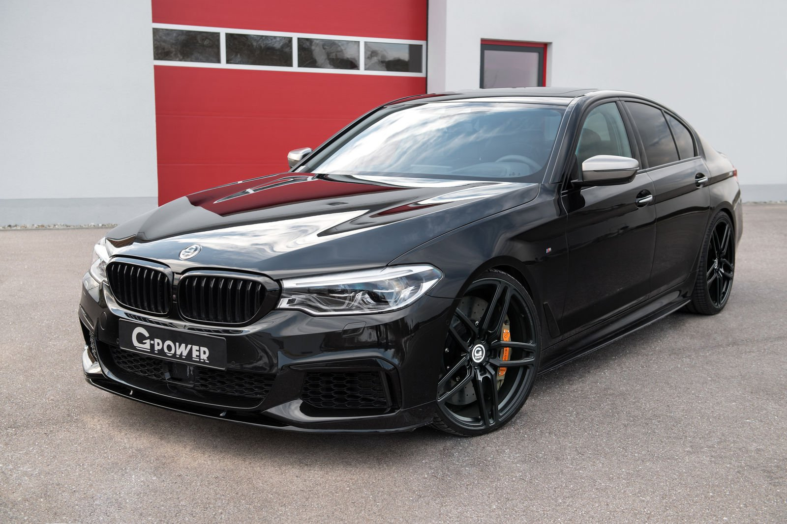 To close the remaining gap, G-Power has released an ECU upgrade for the M550i