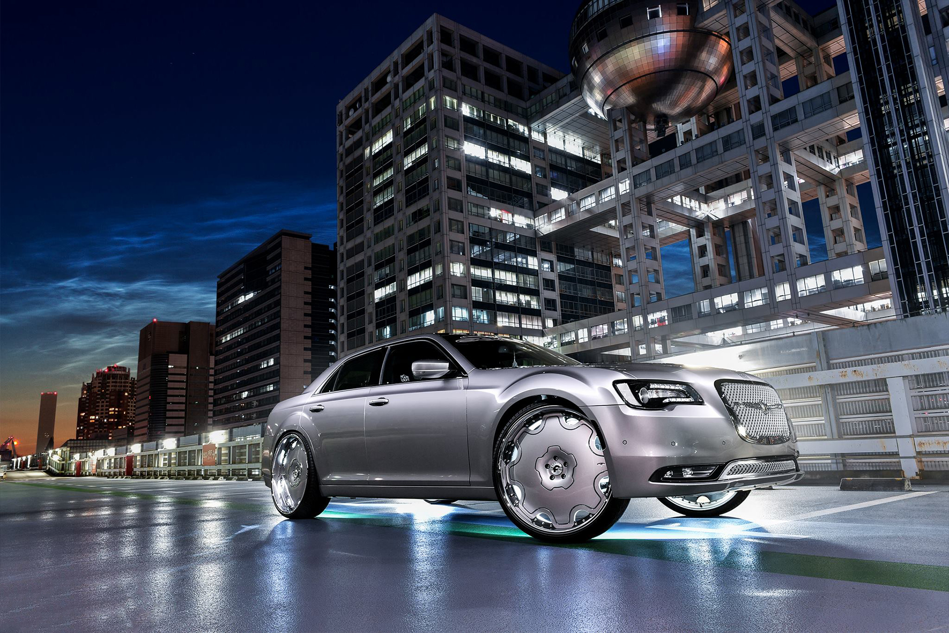 A Japanese owner of a Chrysler 300C wanted to spice up the appearance of his big sedan/saloon car